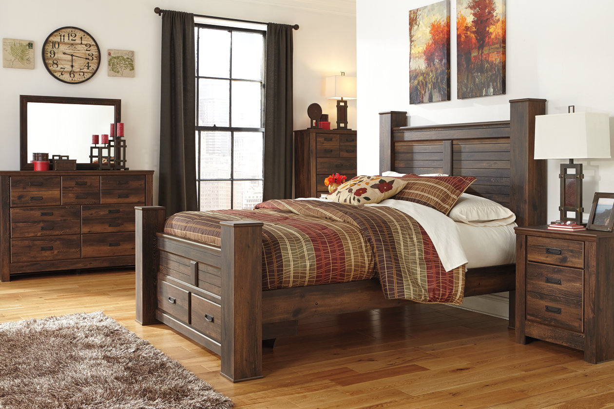 Quinden Dark Brown Queen Storage Poster Bed w/Dresser, Mirror, Drawer Chest & Nightstand