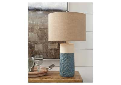 Evalyn Green Table Lamp (Set of 2)