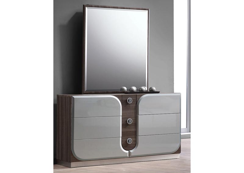 London Dresser w/18 mm Bevel Edge Mirror