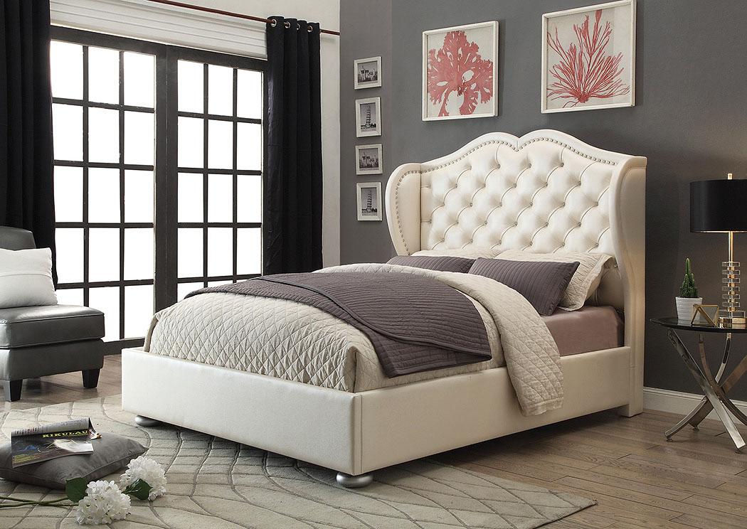 Goreeu0027s Furniture   Opelika, AL White California King Upholstered/Platform  Bed