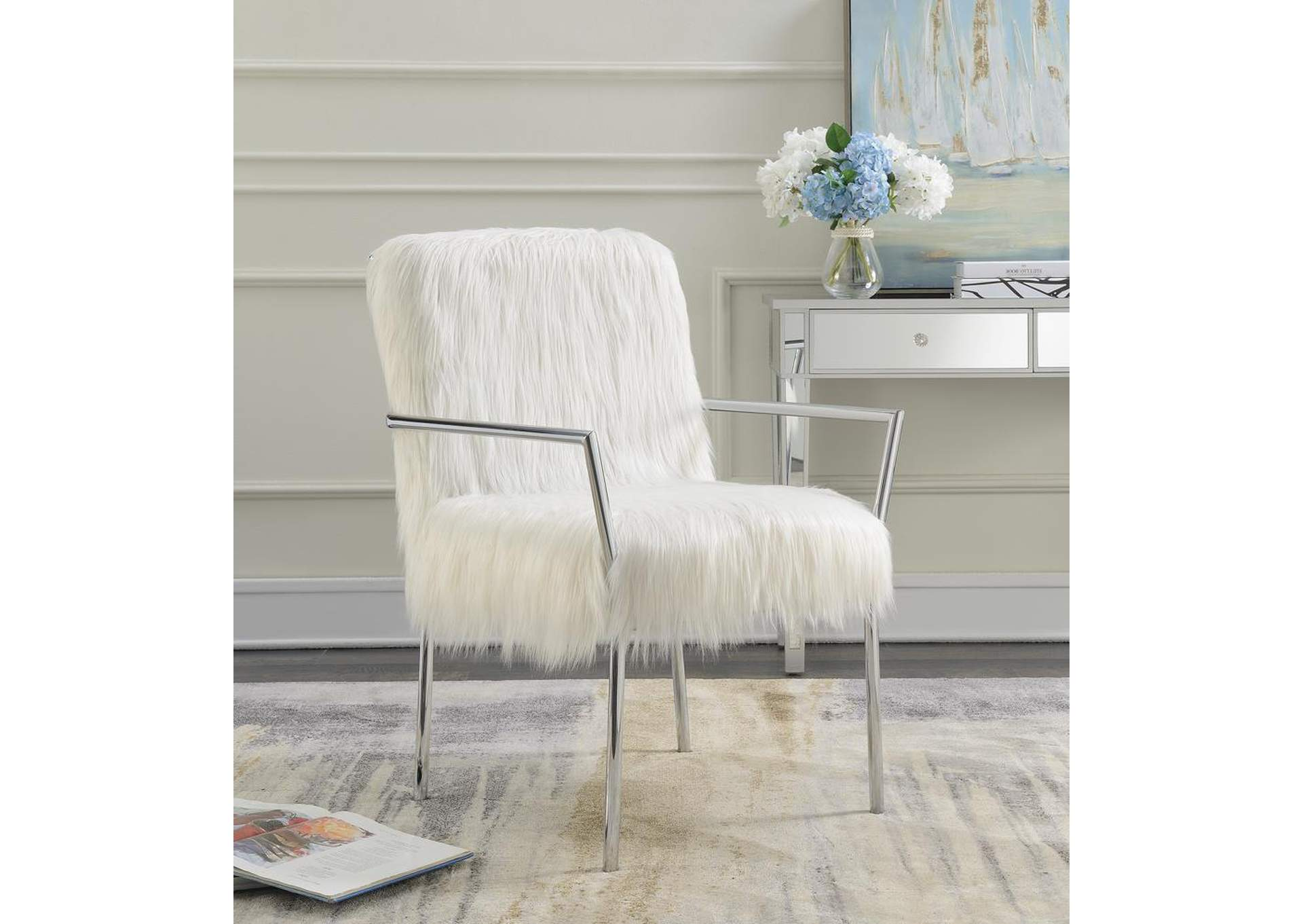 Awesome Cohens Furniture New Castle De White Fuzzy Accent Chair Ibusinesslaw Wood Chair Design Ideas Ibusinesslaworg