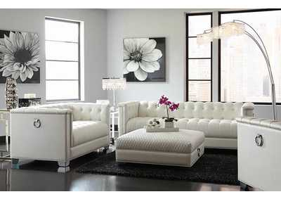 Chaviano White Tufted Loveseat
