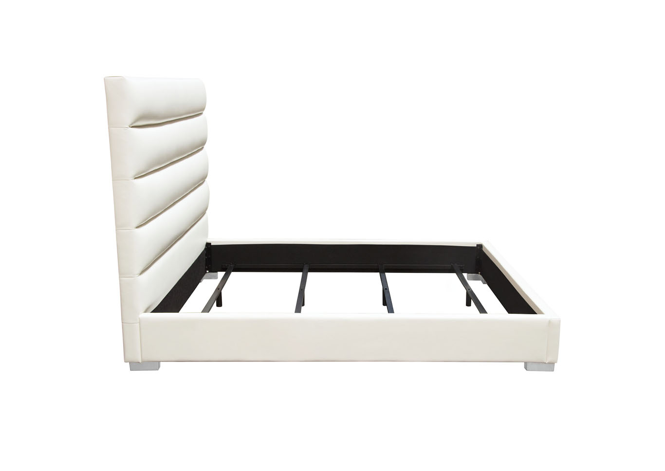 Bardot Channel White Tufted California King Bed,Diamond Sofa