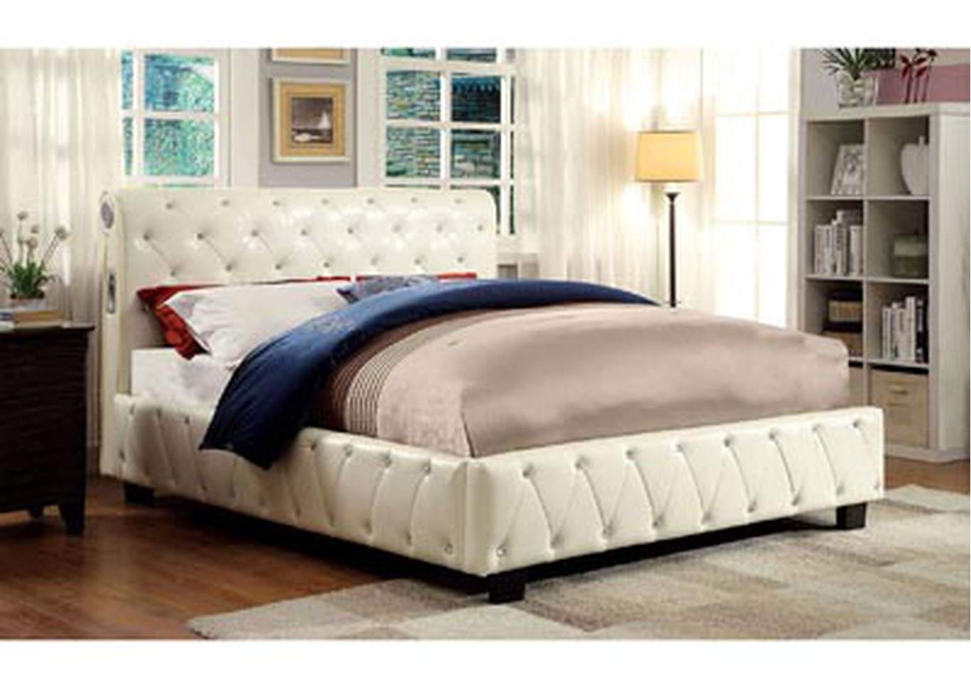 Juilliard Ivory Queen Platform Bed,Furniture of America