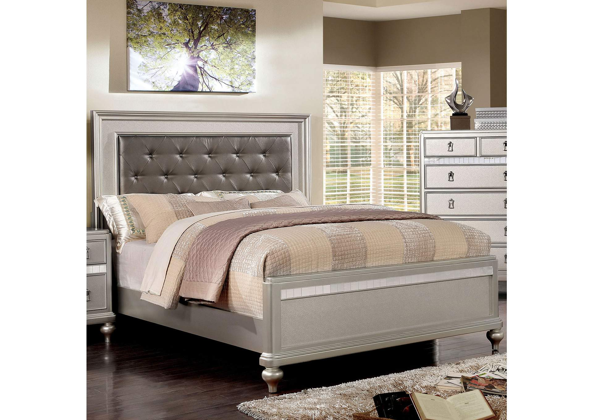 Avior Silver Queen Platform Bed,Furniture of America
