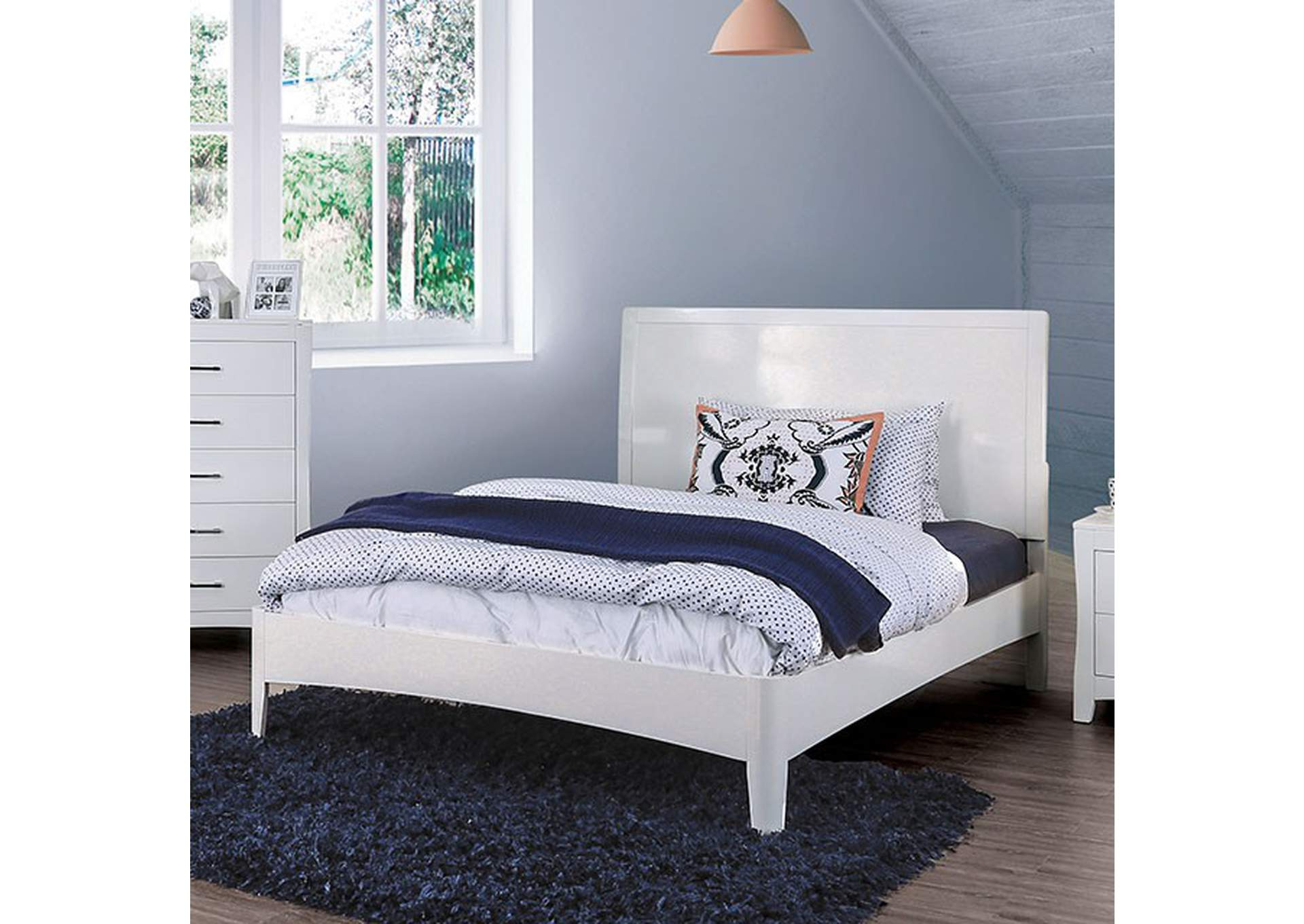 Deanne White Twin Platform Bed,Furniture of America