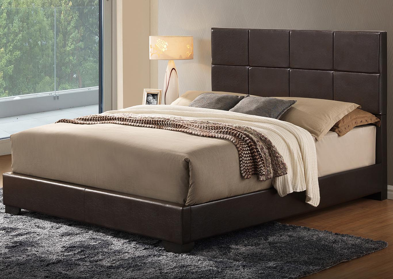 Brown Gloss Queen Bed,Global Furniture USA