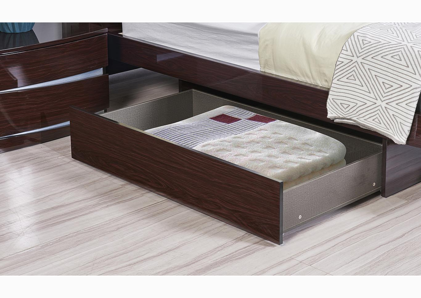 Aurora Wenge Storage Platform King Bed,Global Furniture USA