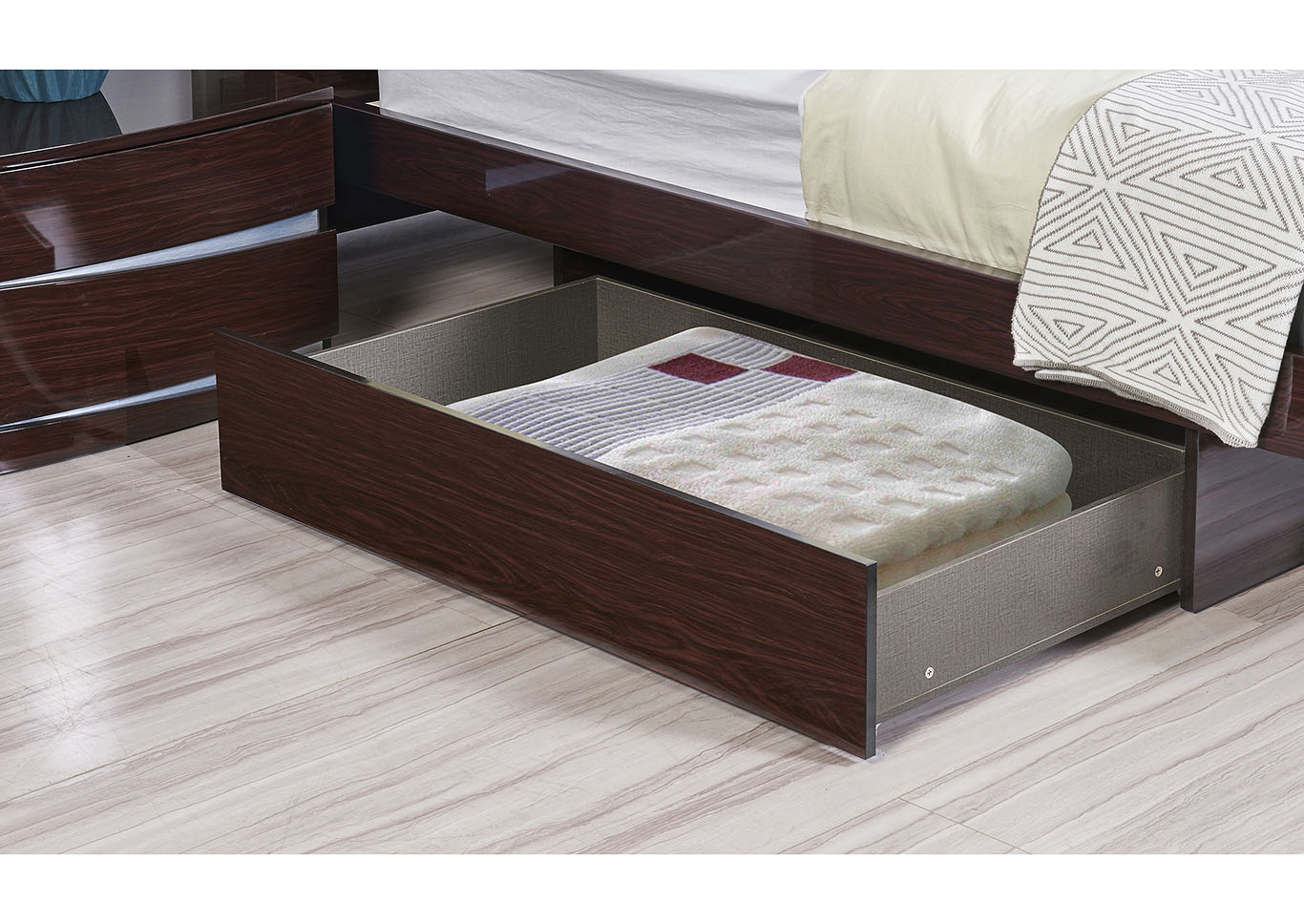 Aurora Wenge Full Storage Platform Bed,Global Furniture USA