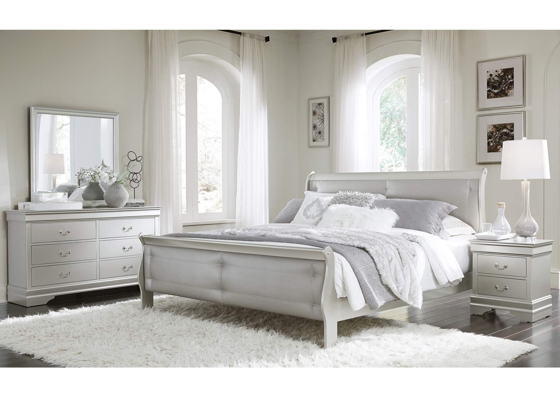 Marley Silver King Bed,Global Furniture USA