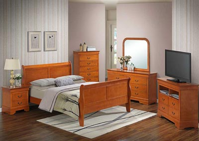 Oak King Sleigh Bed, Dresser, Mirror, Chest & Nightstand