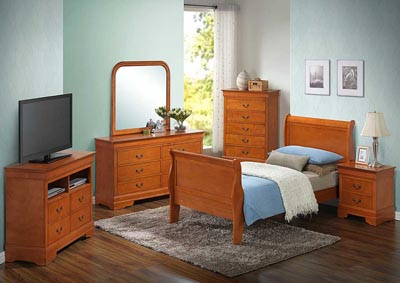Oak Full Sleigh Bed, Dresser, Mirror, Chest & Nightstand