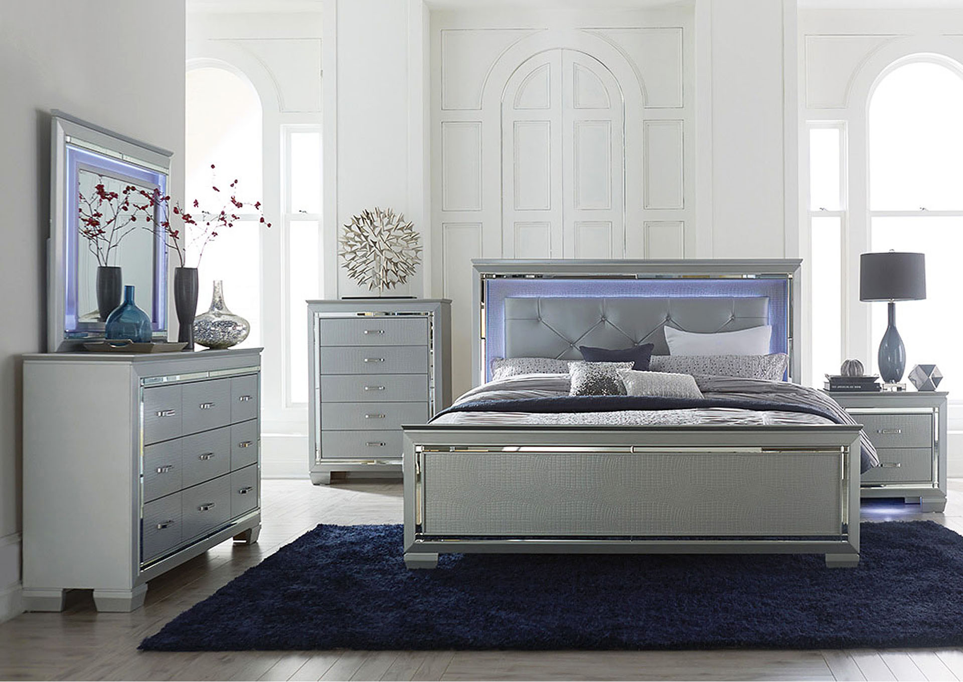 Queen Bed w/LED Lighting,Homelegance