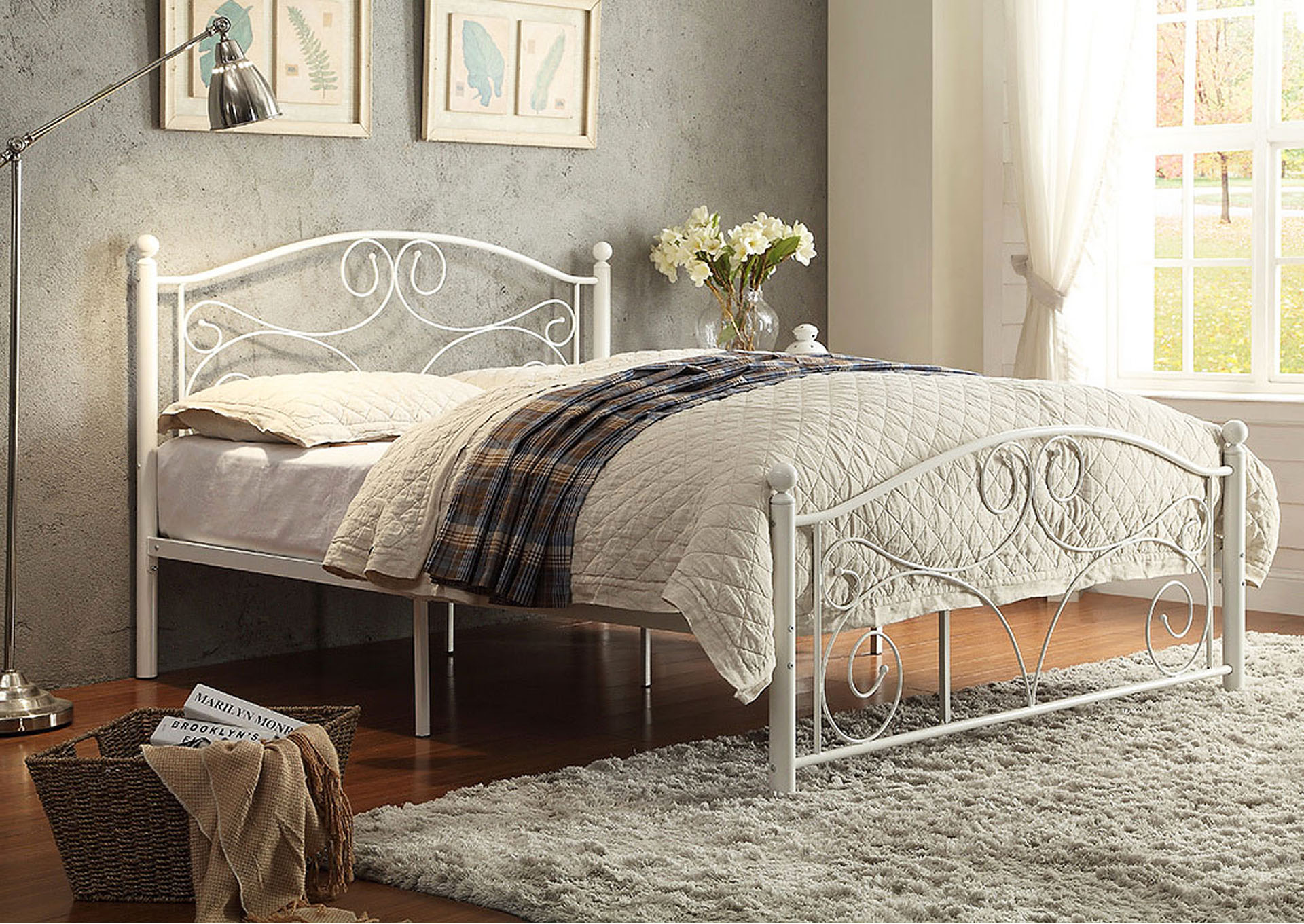 Pallina White Full Poster Bed,Homelegance