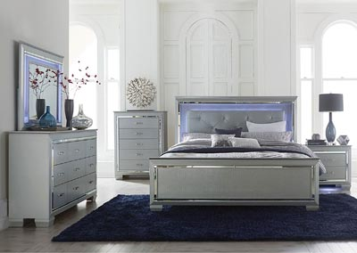 Queen Bed w/LED Lighting