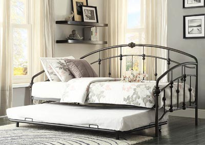 Ruby Rustic Metal Daybed w/Trundle
