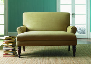 Teasdale Honey Loveseat