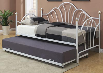 White Day Bed w/Trundle
